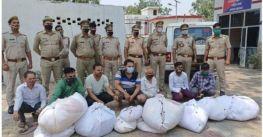 Hành động gây phẫn nộ: Thương nhân Ấn Độ đánh cắp quần áo của người chết vì Covid-19 rồi bán cho người sống